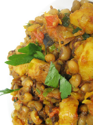 Black-Eyed Peas with Potatoes and Tamarind