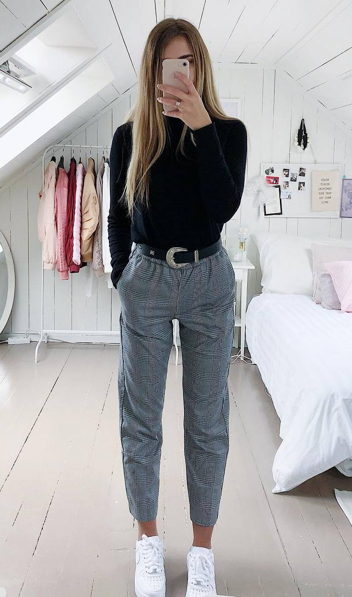 chic outfit idea | plaid pants + black top + white sneakers