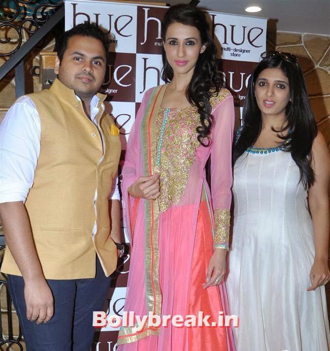 Sonam, Alesia Raut and Paras Modi, Mandira Bedi & Kajal Aggarwal at HUE Store Launch