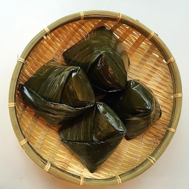 Vietnamese rice pyramid dumplings