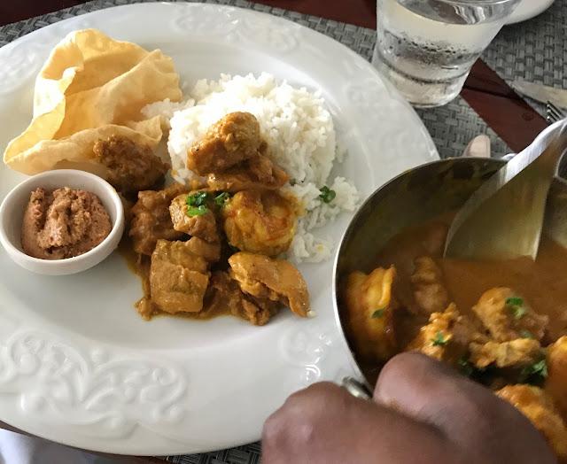 La Table du Chateau, Mauritius,  chicken and prawn curr