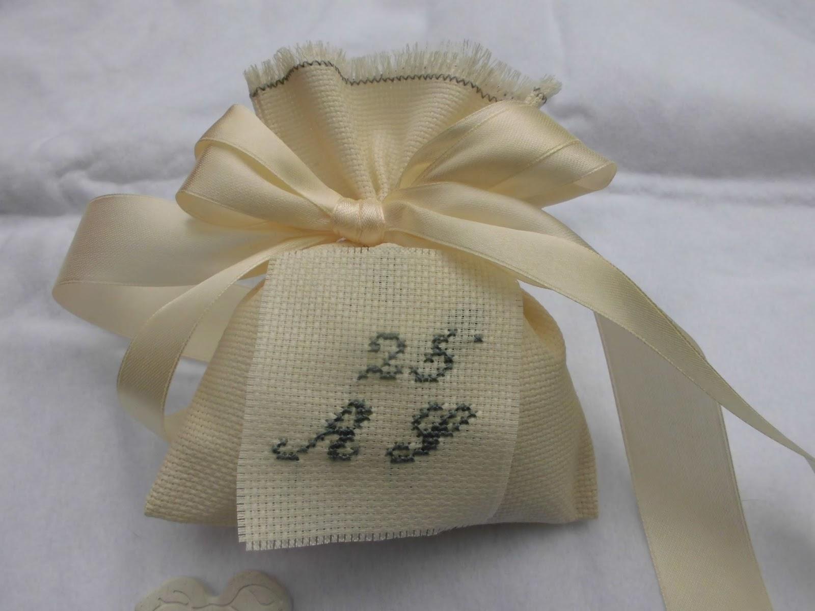 abbastanza bomboniere ricamate di sara: bomboniera 25 anni di matrimonio BT85