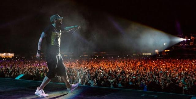 Eminem olvidó la letra de'Stan' frente a 35,000 personas