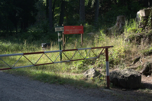 wejście do Parku Krajobrazowego Gór Sowich