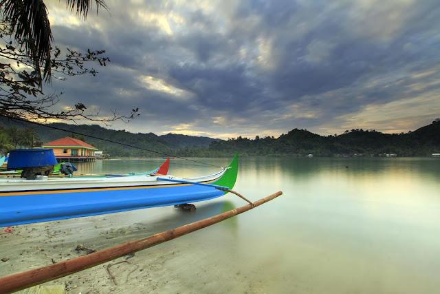 Fasilitas dan akomodasi wisata di Teluk Kiluan