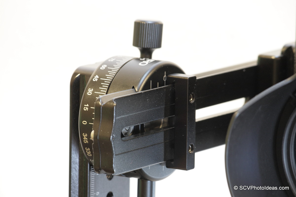 Nodal rail in PC-0 clamp at horizontal position closeup