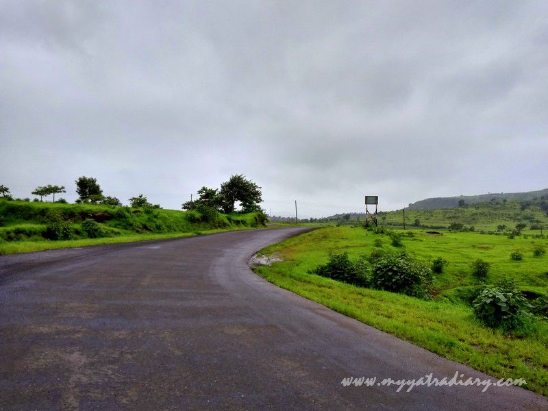 Road on the Trimbakeshwar -Ghoti road near Nashik, Maharashtra