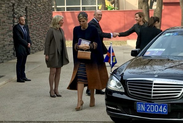 Queen Maxima wore JANTAMINIAU Coat and Queen Maxima wore JANTAMINIAU dress. Maxima visited Temple restaurant in Beijing