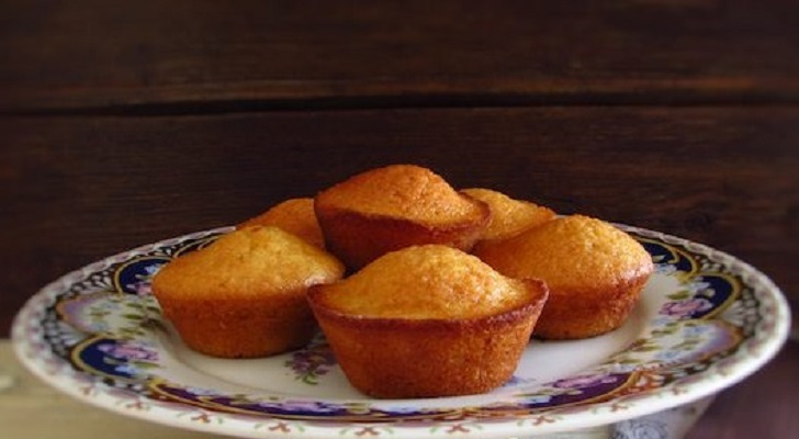 BUTTER LEMON ZEST MUFFINS