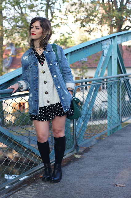 cuissardes-chaussettes-hautes-robe-pois-gilet-maille-zara-veste-oversize-stradivarius-sac-seau-mango-look-mode-fashion-blog