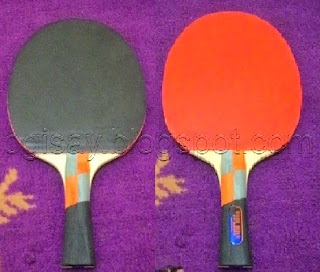 Kenapa Karet Bet Tenis Meja Berwarna Merah dan Hitam ?