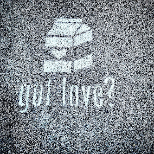 Got Love Long Beach California Sidewalk Art Joanna Joy A Stylish Love Story Blog California Fashion Lifestyle Blogger