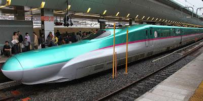 Trem da linha Hokkaido Shinkansen