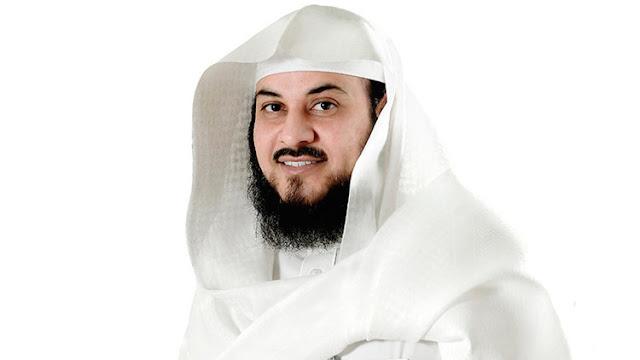 Un jeque saudita no quiere que los futbolistas hagan la señal de la cruz y la Red se rebela