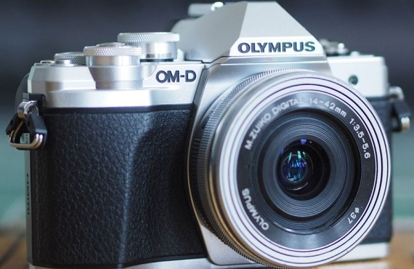 Olympus OMD E-M10 Mark III Resmi Rilis di Indonesia