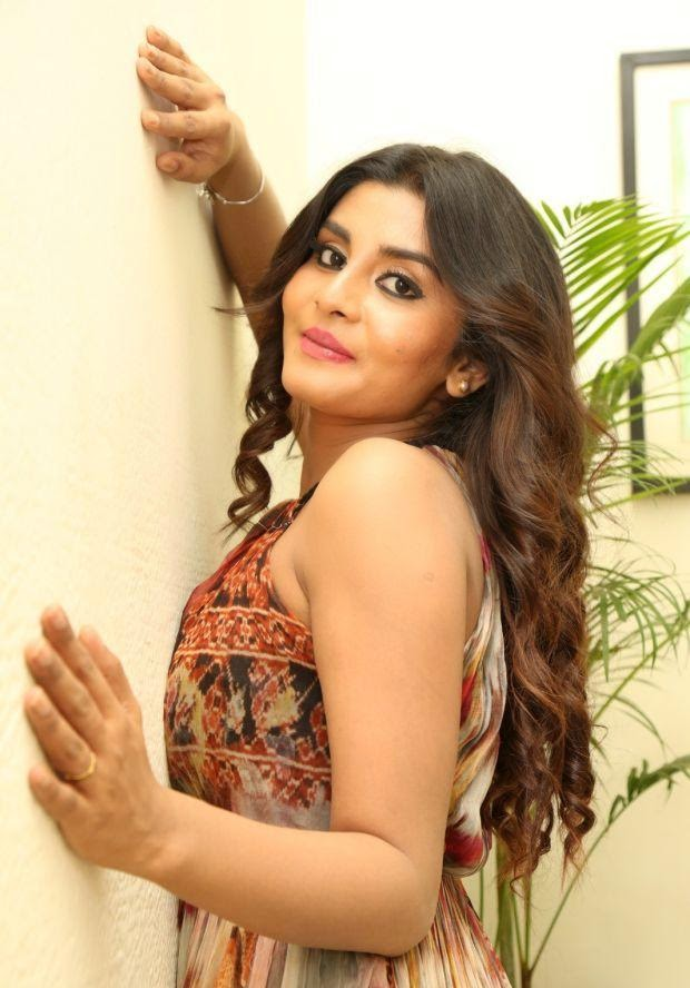 Harini Exposing photos stills