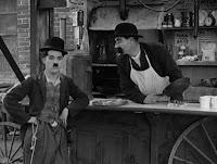 """Кадр из фильма Чарли Чаплина """"Собачья жизнь"""" / A Dog's Life (1918) - 5"""