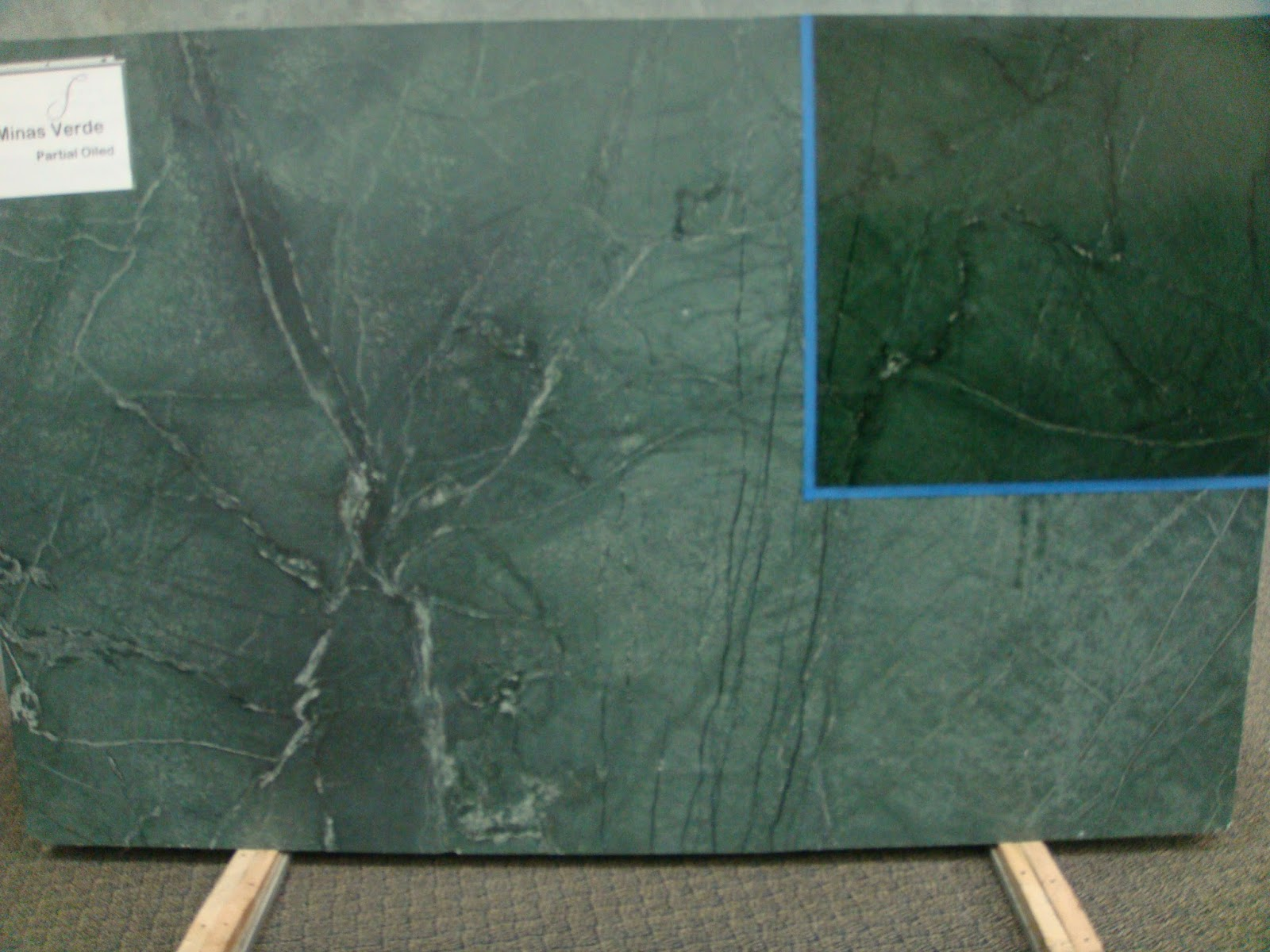 Natural Kelly Green With White Black Veins Oiled Dark
