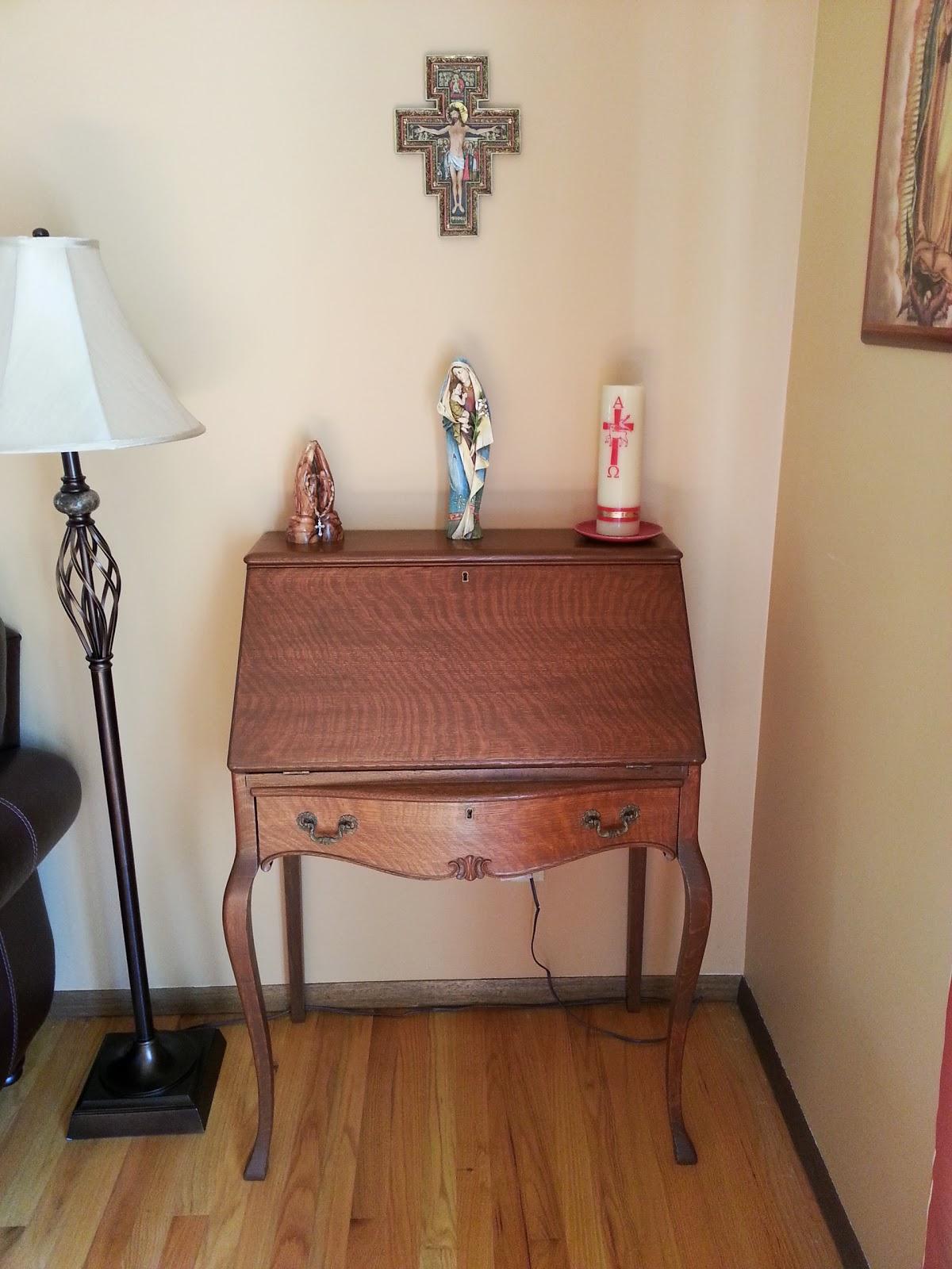 A Catholic Madre Catholic Home Altar