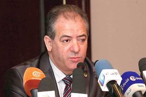 وزير الرياضة الجزائري يطلب رحيل اللجنة الأولمبية