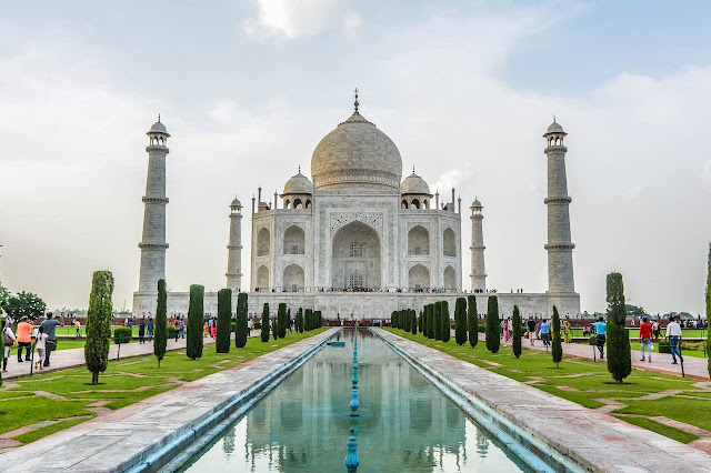 TAJ MAHAL 7 WONDERS OF THE WORLD