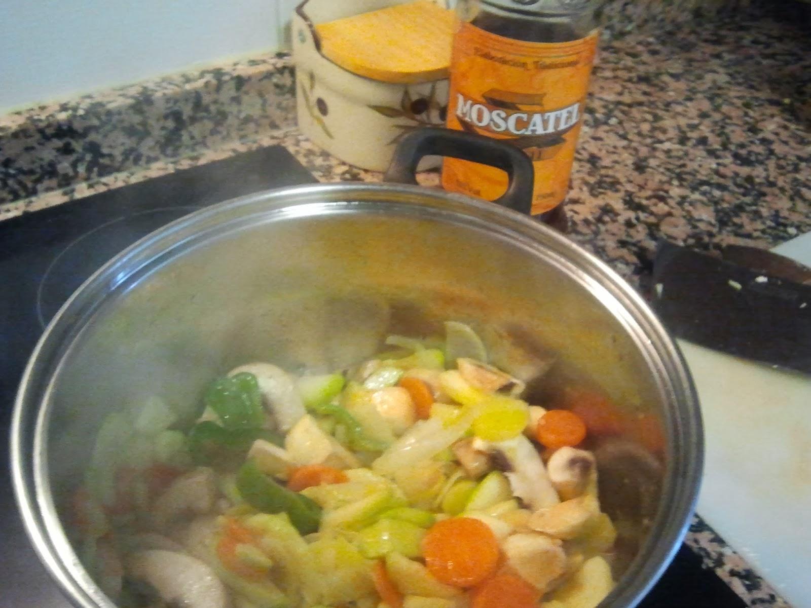 cocinando crema de verduras