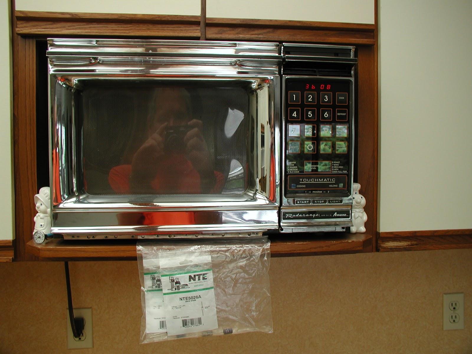 Wally Amp Sue Vintage Amana Microwave Repair