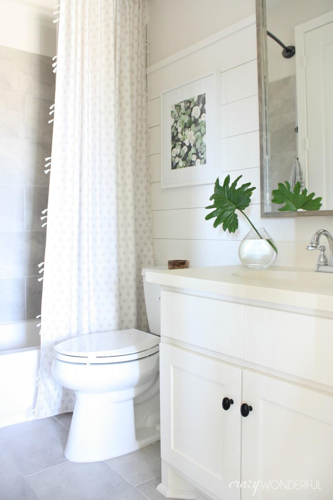 Meddium Size Bathroom Design Ideas Pictures ~ Builder grade bathroom makeover crazy wonderful