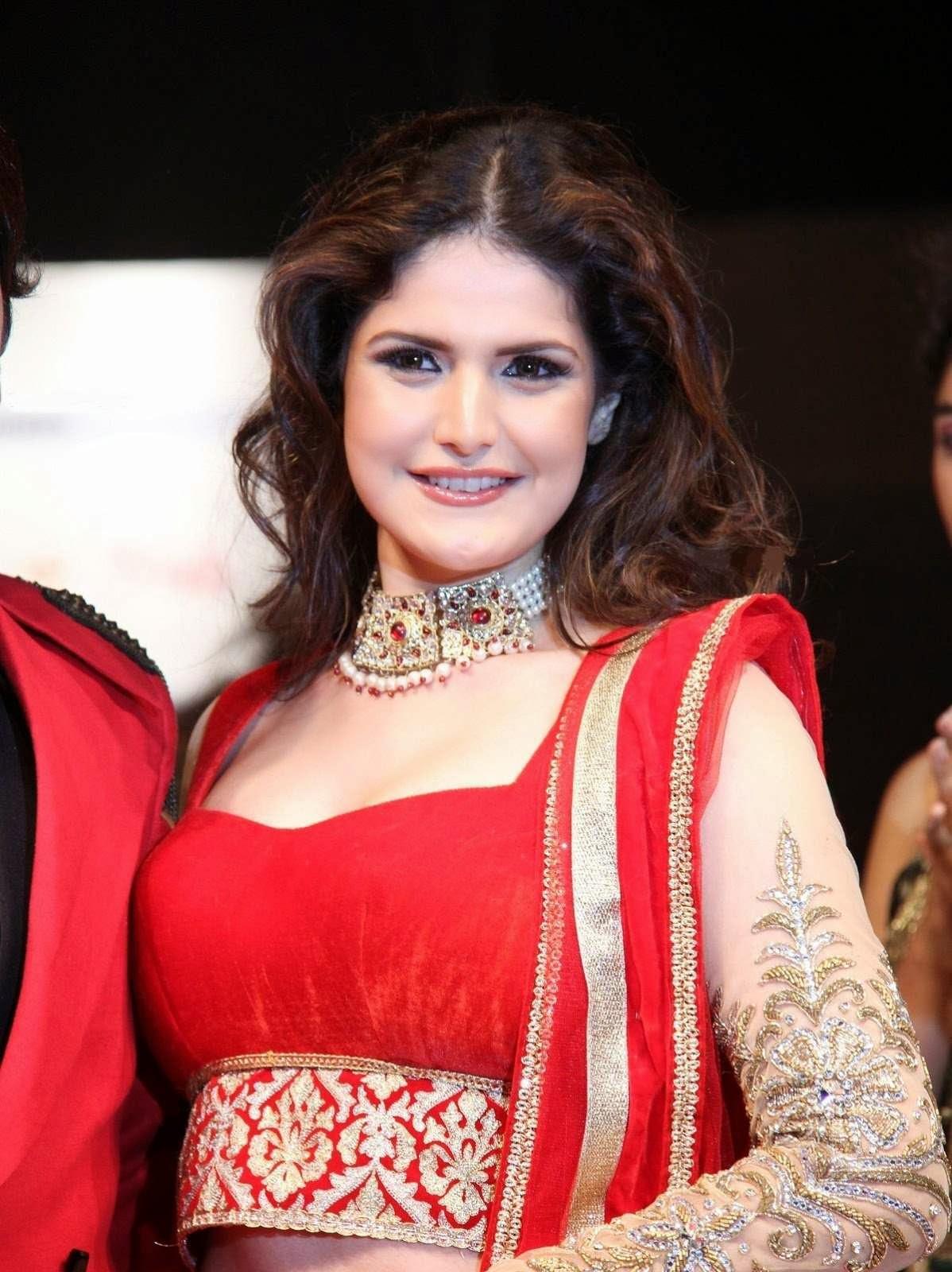 Actress Zarine Khan Ramp Walk Photos Cap