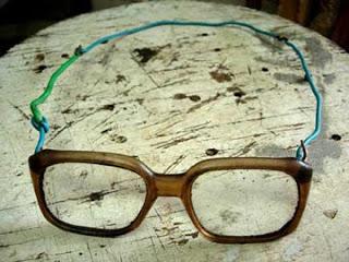 af89869c9b681 A necessidade do uso de óculos.