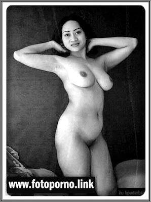 Foto Hot Tante Bohay Siap Ngentot