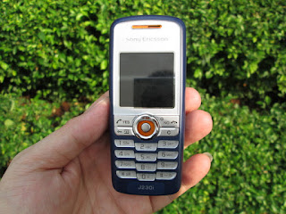 Hape Jadul Sony Ericsson J230i Seken Mulus Kolektor Item