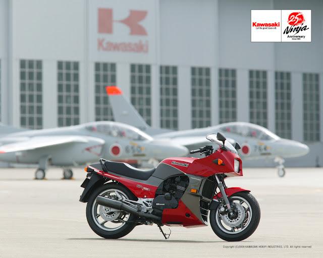Kawasaki GPZ900R 25th Anniversary