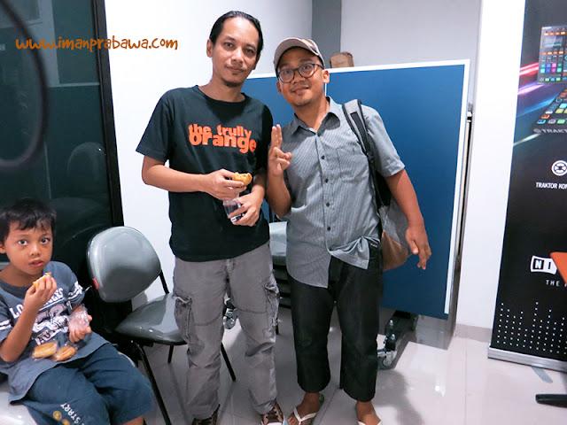 Dengan Indra Q