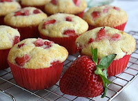 Image result for Receita Muffins com Morango.