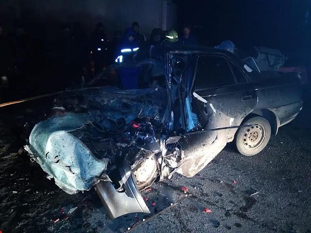 В Иглинском районе Toyota столкнулась с двумя грузовиками