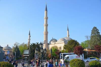 Masjid Unik uc Şerefeli Camii Di Edirne Turki