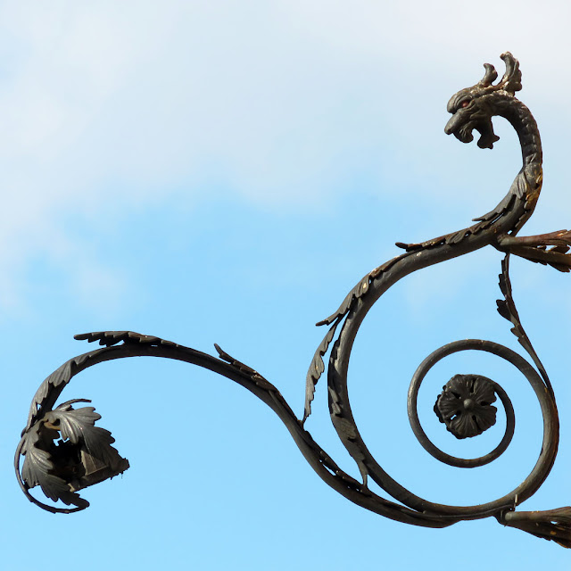 A wrought iron dragon, Piazza dei Mille, Livorno