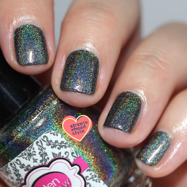 Glisten & Glow Mae Holo Hookup swatch by Streets Ahead Style