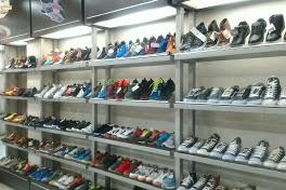Lowongan Kerja Pekanbaru : Toko Sepatu Juwita Mei 2017