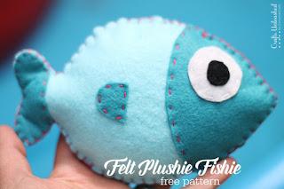 Boneka ikan dari kain flanel