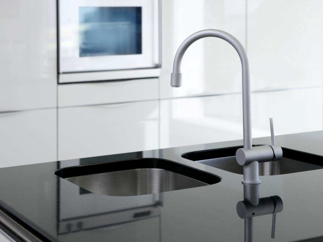 black-countertop-kitchen