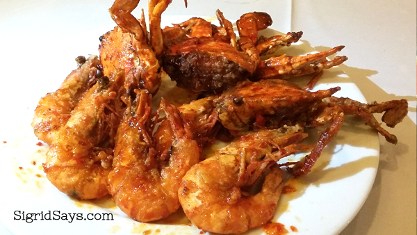 chili crabs and chili shrimps