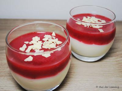 Quarkcreme mit Erdbeeren und weißer Schokolade