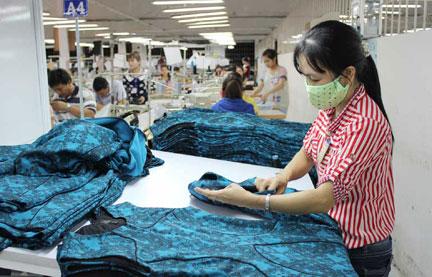 Garments checking