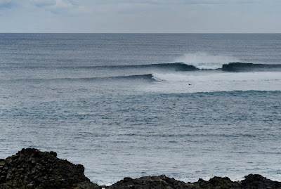 Surf, Surfing, Peak, Righthander, Reef Break