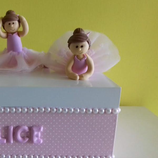 Caixa Grande de Bailarinas