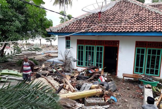 Cerita Rumah Rasdi yang Tetap Utuh Usai Tsunami Menerjang