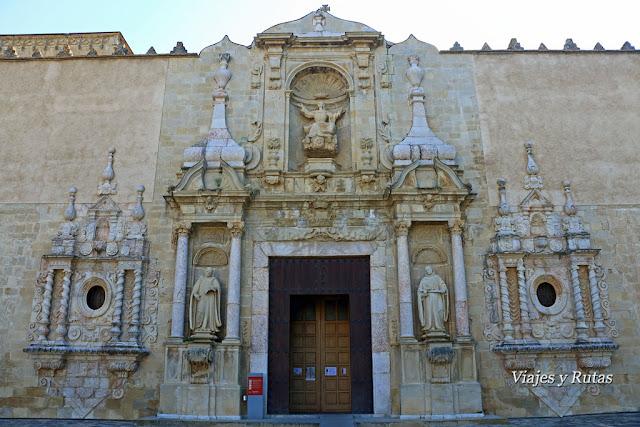 Portada de la Iglesia del Monasterio de Poblet, Tarragona