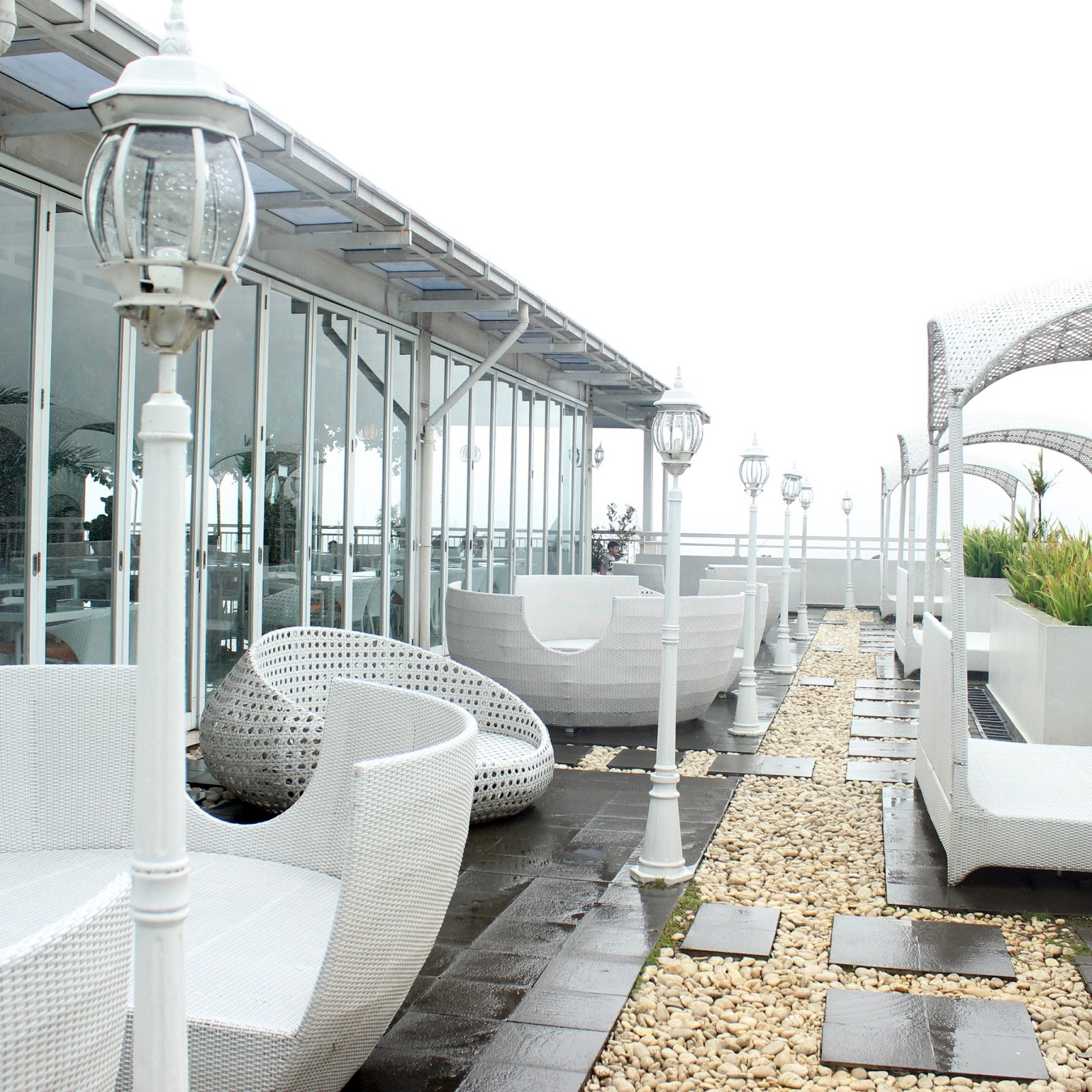 Nicole S Kitchen Lounge Puncak Bogor